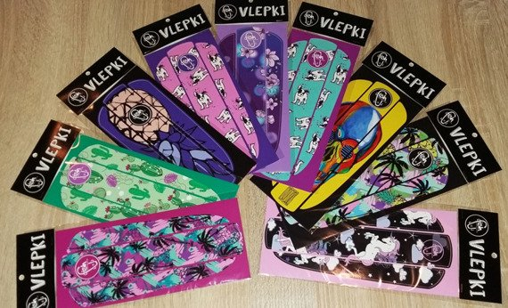 Vlepka Fish Skateboards Catch Me Purple